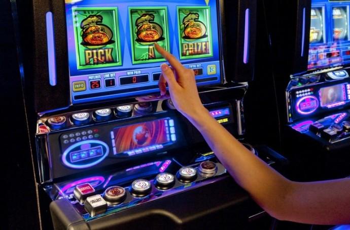 Игровые автоматы играть русская рулетка на каком казино лучше играть на реальные деньги